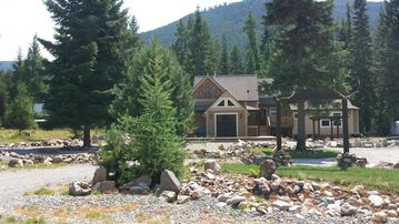 NW Montana Paradise * Comfortable * Cozy * Relaxing * Outdoor Adventure