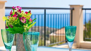 Search 1,750 holiday rentals