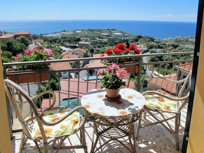Photo for Apartment Appartment Mimosa  in Terzorio, Liguria: Riviera Ponente - 6 persons, 2 bedrooms