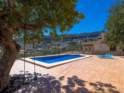 Photo for Holiday house with private outdoor pool and panoramic views of sea and mountains