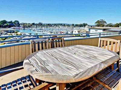 Awesome 2Br Apartment Vacation Rental In Santa Cruz California Download Free Architecture Designs Jebrpmadebymaigaardcom