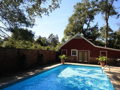 Photo for Charming Cottage on South Boundary with pool