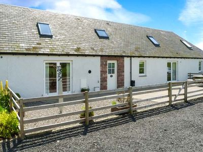 Photo for MUIR IOSAL, pet friendly, with a garden in Blairgowrie, Ref 28089