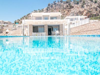 Photo for Gregorys Luxury Villa