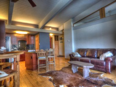 Photo for Ski-In/Out Mountain Side - Sleeps 4 Free Shuttle, WIFI, Fireplace, Clubhouse