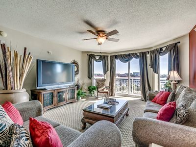 Photo for Gorgeous 3 Bedroom Waterfront Condo, Barefoot North Tower 504!