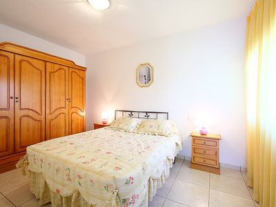 Photo for Apartment in the center of Empuriabrava with Parking, Washing machine, Pool, Balcony (118085)