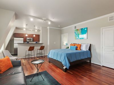 Photo for Modern + Spacious Uptown Suite + AA Center
