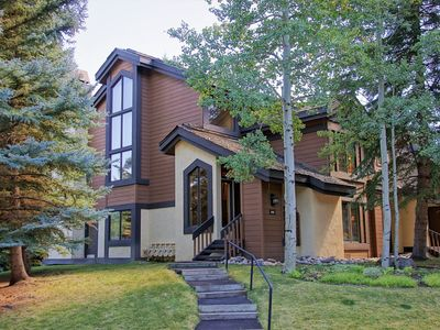 Photo for Spacious Townhome, Steps from Ski Trails (208443)