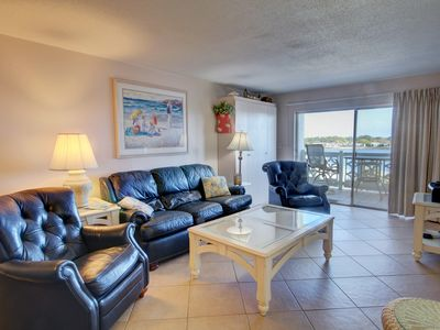 Photo for 2BR / 2BA - Great views of the sound and Fort Walton Beach