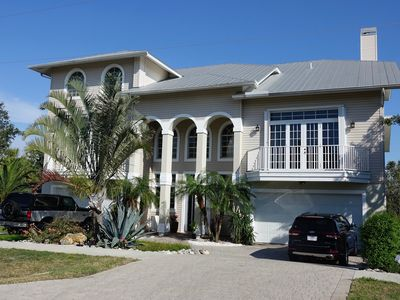 Photo for Large, Open and Private! Short distance from the beach...
