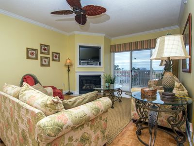 Photo for Beautiful 3 bedroom condo on the bayside