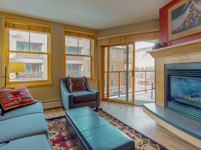 Photo for Walk to slopes from cozy condo w/pool, hot tub, & fitness!