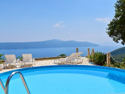 Photo for This 3-bedroom villa for up to 7 guests is located in Moscenicka Draga / Mošćenička Draga and has a