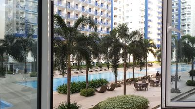Photo for One bedroom condo in the heart of Mall of Asia