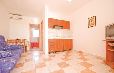 Photo for Apartment 1.1 km from the center of Vir with Internet, Air conditioning, Parking, Terrace (173855)
