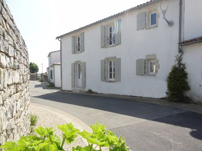 Photo for CAMPANULE Beautiful charming house type F4 100 m from the beach