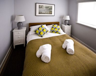 Photo for Stylish 2 bedroom cottage sleeping 4 in North Cornwall with onsite facilities