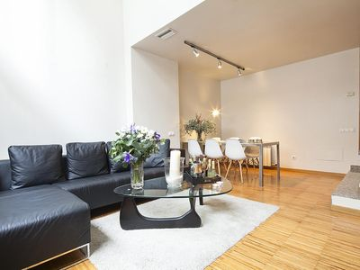 Photo for Apartment Barcelona Rentals - Duplex in centre with pool for 4 pax - Free Wi-Fi