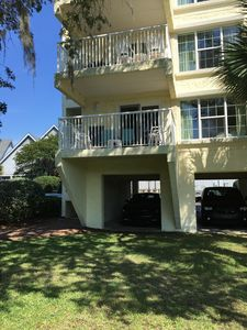 Private end unit set amongst the palmettos and Spanish moss