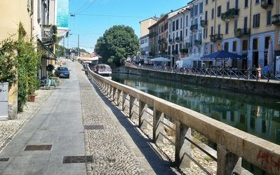 Photo for vintage on the canals, charming bright flat in Vicolo dei Lavandai