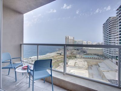Photo for Modern Seaview Apartment In a Prime Location