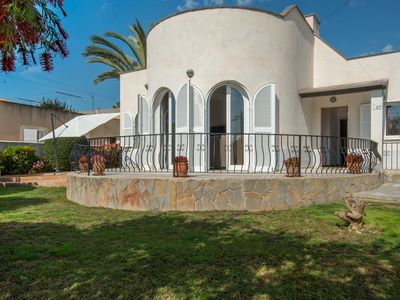 Photo for Detached well located fully air-conditioned villa in Peguera, Mallorca