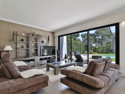 Photo for Beautiful contemporary house in Cap d'Antibes
