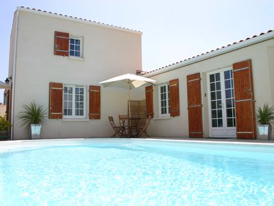 Photo for Whole residence with private pool nr heart of La Rochelle, sleeps 20
