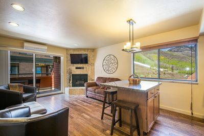 Living/Dining/Kitchen with Slopeside Mountain View!
