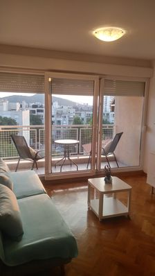 Photo for Comfortable/well positioned apartment near city center with balcony and lift