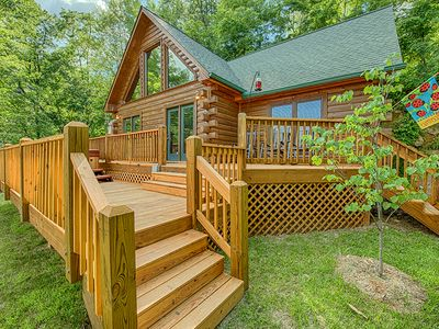 Photo for Charming 2 BR Log Home - Super Views, Paved Access, Hot Tub, Private & WIFI