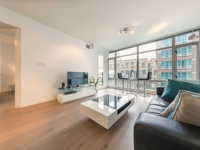Photo for D3 - Modern 1 Bedroom in the Heart of City Centre