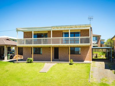 Photo for 6BR House Vacation Rental in Dalmeny, NSW