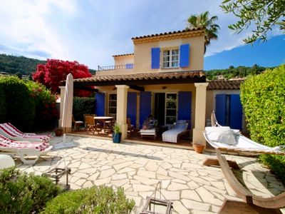Photo for Charming cottage in La Croix-Valmer with large terrace and pool