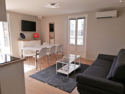 Photo for Beautiful 4 rooms - Rue Hoche - 20 meters rue d'Antibes