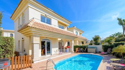 Villa Dorothy - Two Bedroom Villa, Sleeps 4