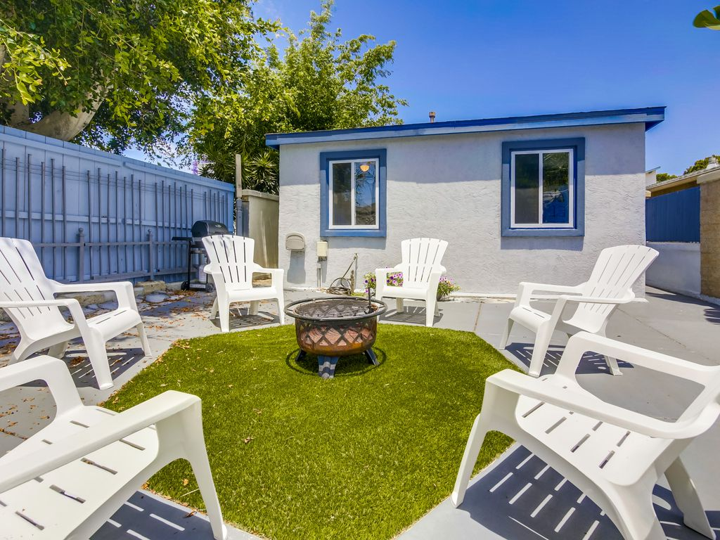Crown Point Cottages - VRBO