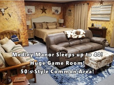 Photo for 8 Beautiful Themed Rooms, 4 themed bathrooms, 50s dinning room & huge game room