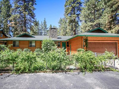 Photo for ~Mountian Air~Eagle Point Log Home~Hot Tub~Single Story~Walk To Lake/Park~