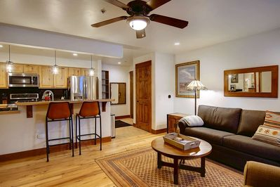 Sensational Cozy Condo W Community Hot Tub Bus Barless Sleeper Sofa 5 Min Drive Mtn Town Steps To Shop Eat Steamboat Springs Andrewgaddart Wooden Chair Designs For Living Room Andrewgaddartcom
