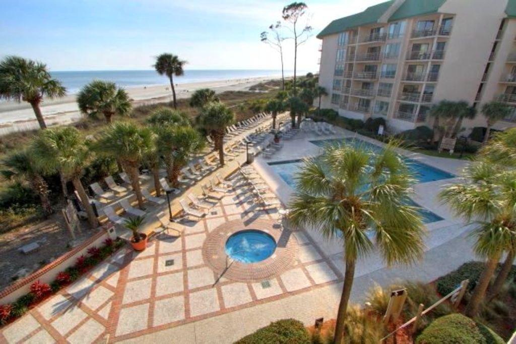 Spacious Oceanfront 3 Br At Villamare In Palmetto Dunes
