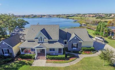 Photo for Beautiful villa close to Disney situated in Orlando's finest suburb