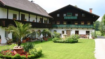 Original 200-year-old Rottal farmhouse with 4-star quality