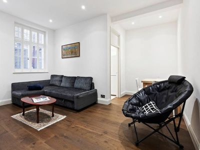 Photo for Sophisticated 1 Bed apt sleeps 4 near Chelsea