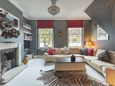 Photo for Contemporary 2 bed house, located in trendy Islington (Veeve)
