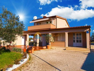 Photo for Apartment 1534/15611 (Istria - Pula), Budget accommodation, 2000m from the beach