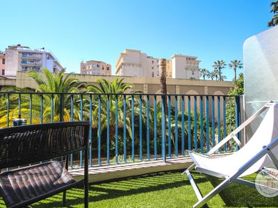 Photo for Cosy studio with terrace close to the Promenade des Anglais and beaches