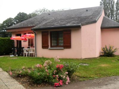 Photo for Camping Le Bois Fleuri *** - 4-Room Gite 12 People