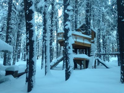 Photo for CABIN RETREAT-Come up to play in the snow!   THREE story Tree House